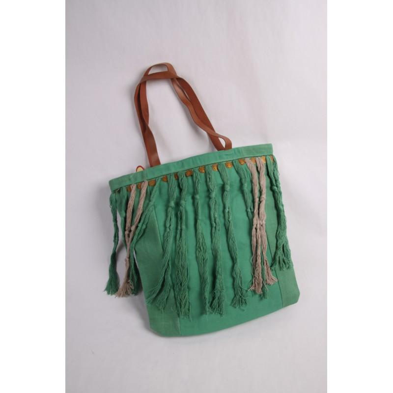 Flower power tas met versiering groen saffrane - Groen huis model ...